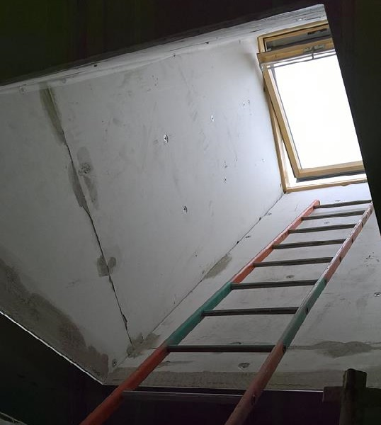Preparing a Light Tunnel for Plastering