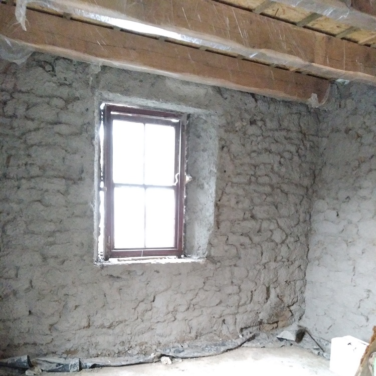 Traditional Lime Plastering - Harling Coat
